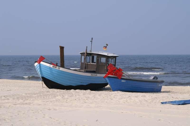 Fischerboot am Strand von Bansin auf Usedom
